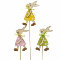 Conejito de madera en el palo verde, amarillo, rosa 8cm 12 piezas